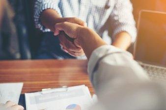 business-deal-agreement-handshake